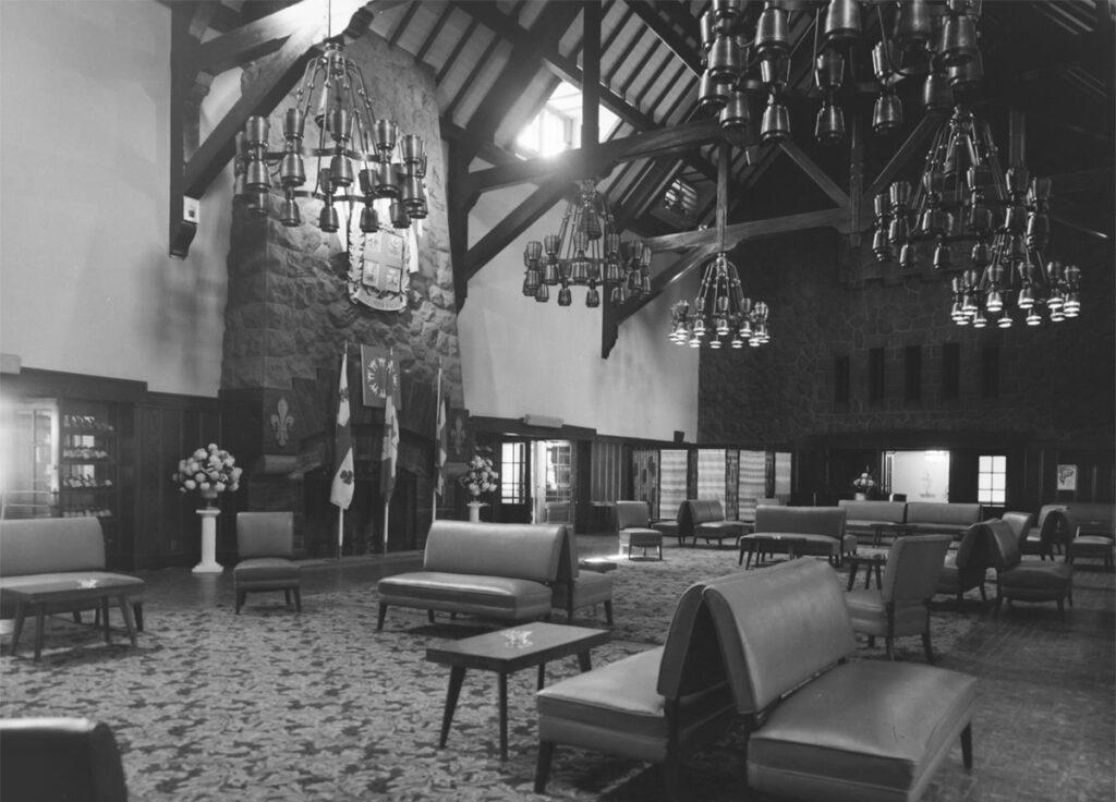 L'Intérieur du grand Salon du Hélène-de-Champlain