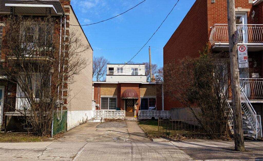 La maison shoebox du 7175 avenue Louis-Hébert